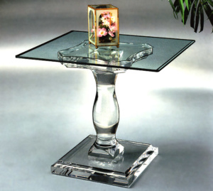 Corintian End Table Image