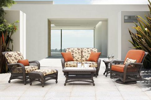 GRAND CYPRESS COLLECTION – PATIO SET FLORAL Image
