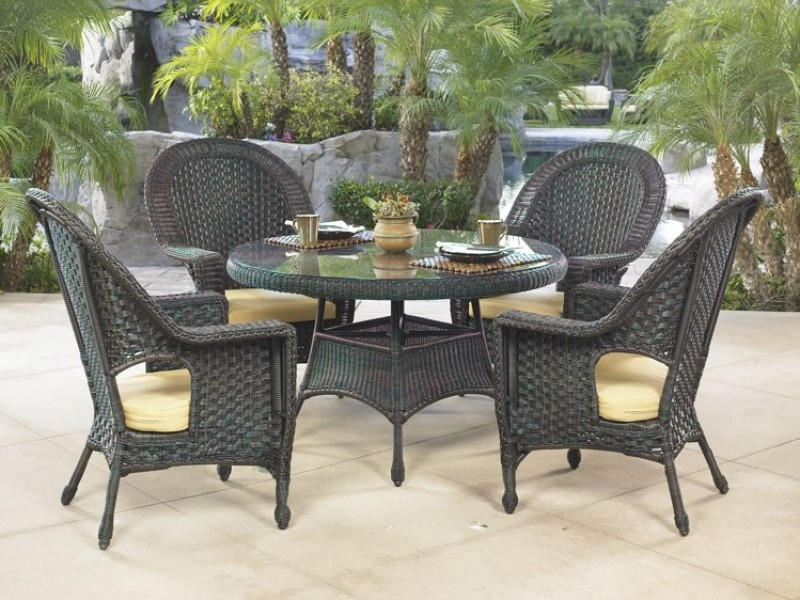 GEORGETOWN COLLECTION – DINING SET Image